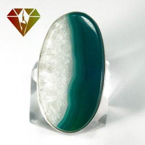انگشتر عقیق سبز کریستالی نقره زنانه طرح تارا